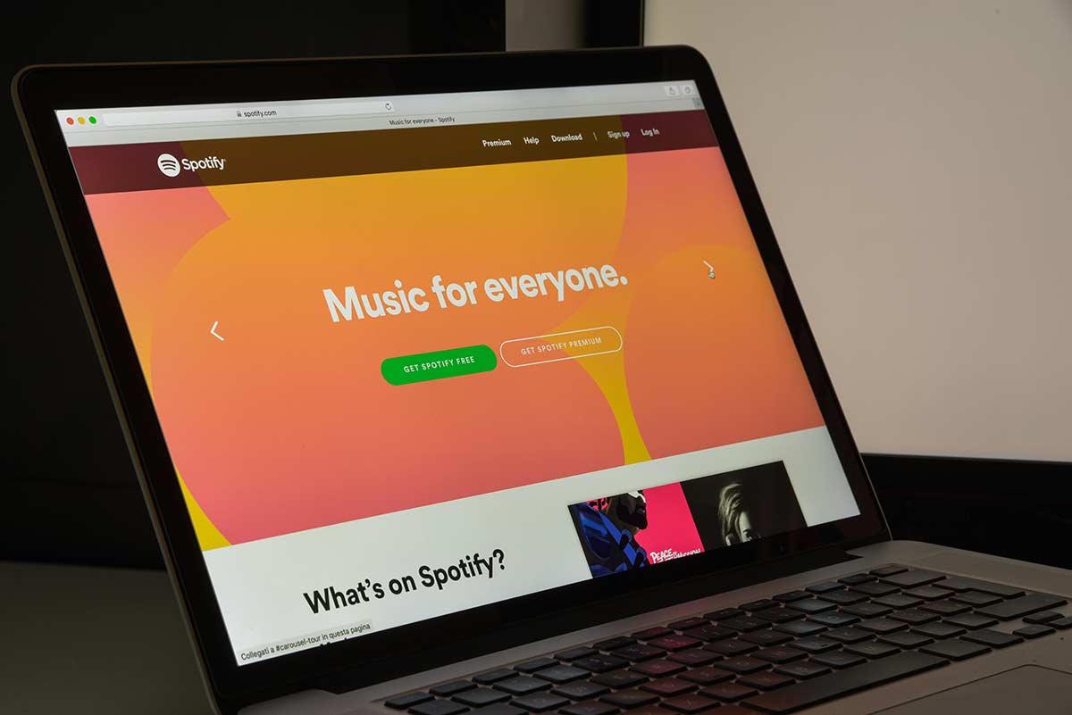 https://konektamusic.com/wp-content/uploads/2021/08/Spotify-supera-los-113-millones-de-usuarios-de-pago-op.jpg